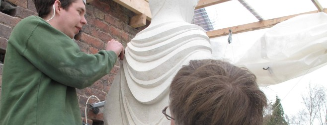folds of Our Lady's cloak under Aidan's watchful eye.