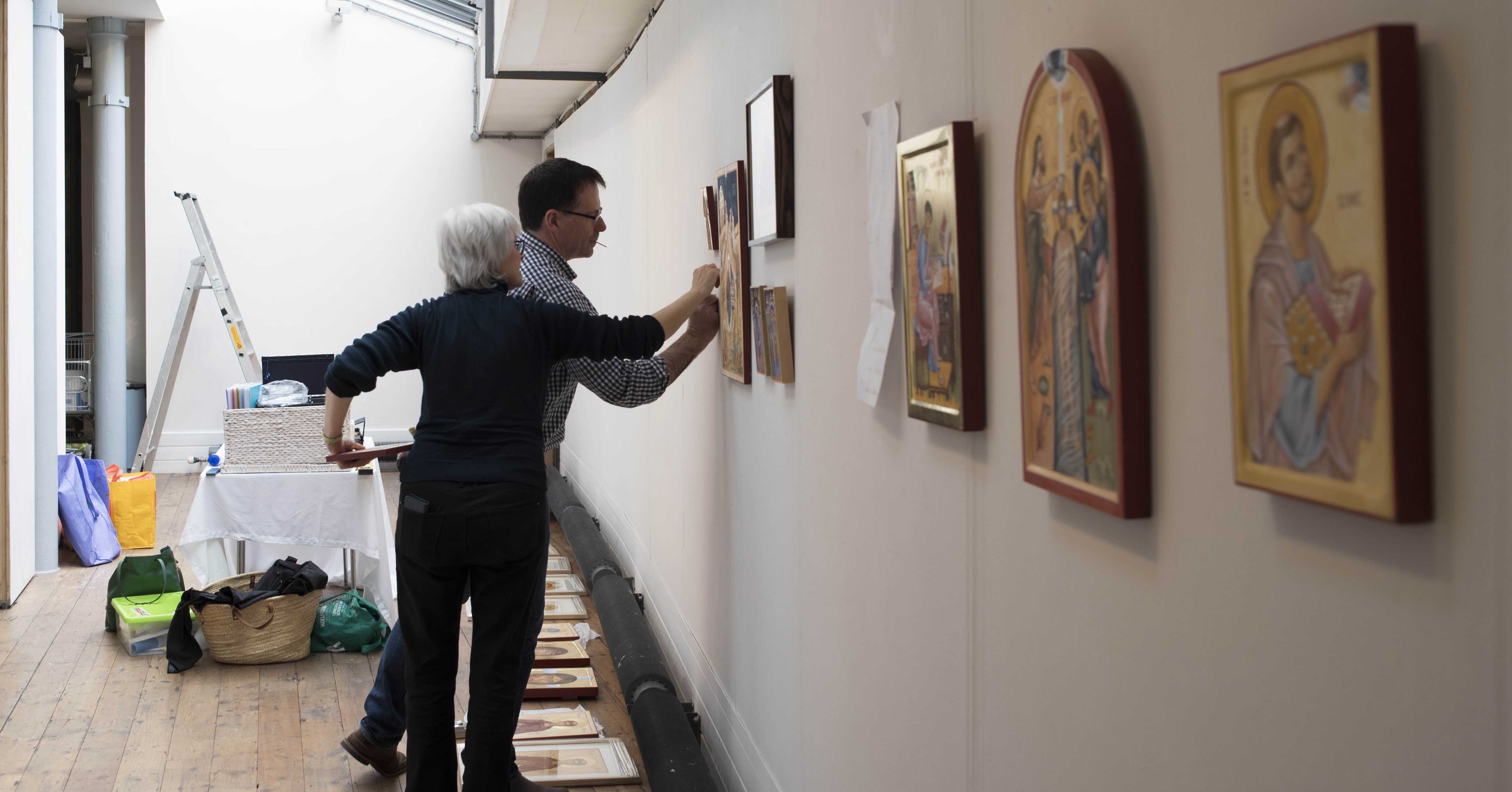 fixing icons at exhibtion