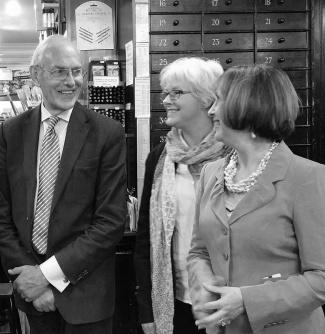 Nicholas Walt, owner of L. Cornelissen, Ronnie Cruwys, Patricia Lovett MBE