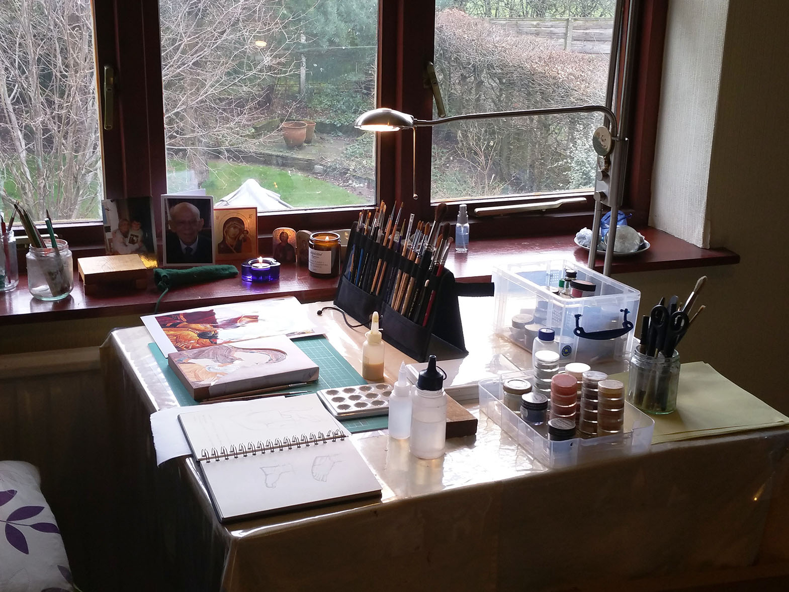 icon painter's work space